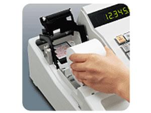 XE-A147 紙交換は手投げ方式